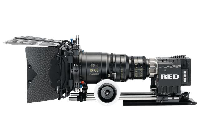 Panavision Camera Star Wars : Pro class digital movie cameras rely on ics for market advantage