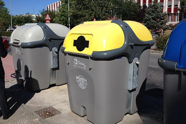 The waste collection service uses M2M sensors that record the volume of rubbish in the bins